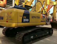 金洋2小松200-8挖掘机
